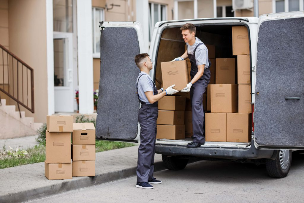 loading unloading services by Ashirvad packers and movers